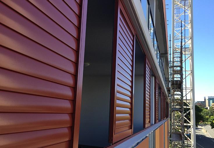 weatherwellcyclonerated-balcony01-735x508