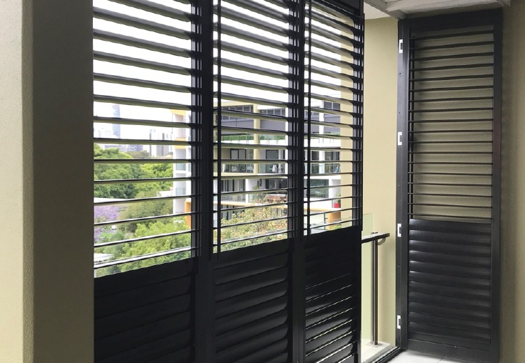 weatherwellcyclonerated-balcony03-735x508